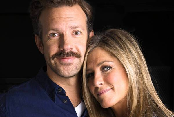"Jason Sudeikis and Jennifer Aniston star together in a new comedy ""We're the Millers."""
