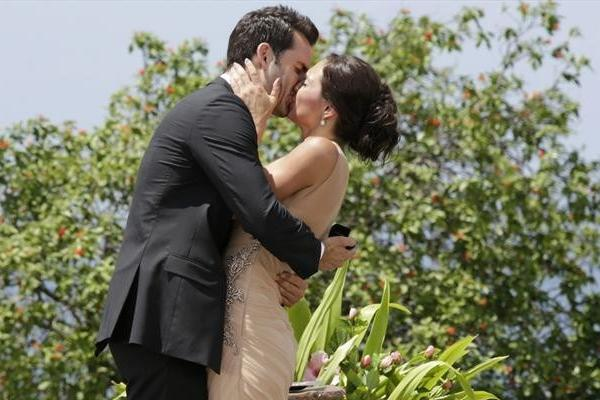 "Desiree Hartsock gave Chris Siegfried her final rose on ""The Bachelorette."""