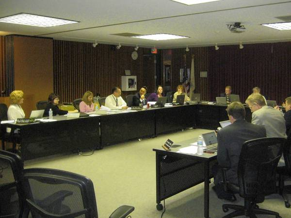Maine Township High School District 207 board members meet Aug. 5.