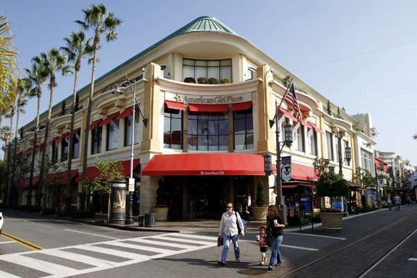 The Grove shopping center is set to host two days of runway shows organized by the Los Angeles Fashion Council on Oct. 9 and 10.