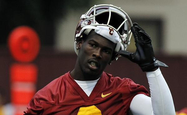 "USC wide receiver Marqise Lee says, ""I was not offered anything, I did not get anything"" from a person who asked him to sign photographs in Miami earlier this year."