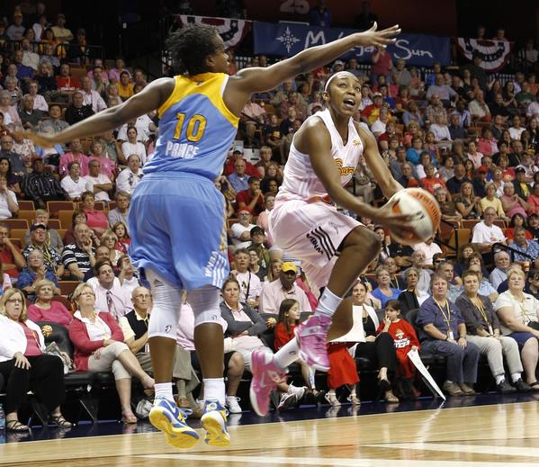With Renee Montgomery back, the Connecticut Sun feel more confident.