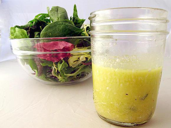 Easy Homemade Herb Vinaigrette