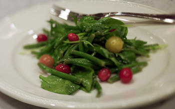 Haricots Verts and Tomato Salad