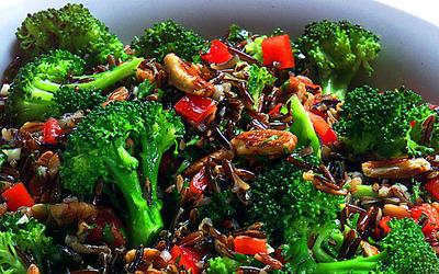 Wild rice and broccoli salad