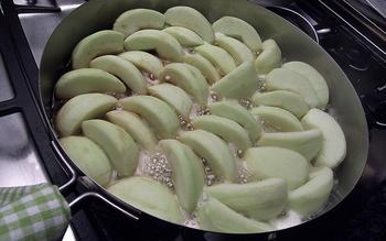 Upside-Down Apple Tart (Tarte Tatin)