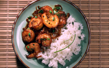 Shrimp in Caramel Sauce (Tom Kho)