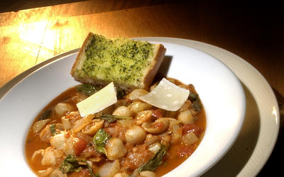 Italian Pasta and Bean Soup With Arugula (Pasta e Fagioli)