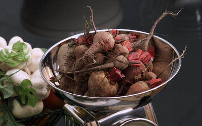 Roasted beets with horseradish vinaigrette