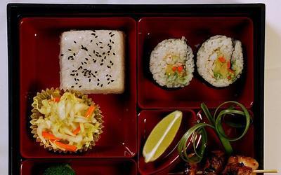 Rolled Sushi Bento