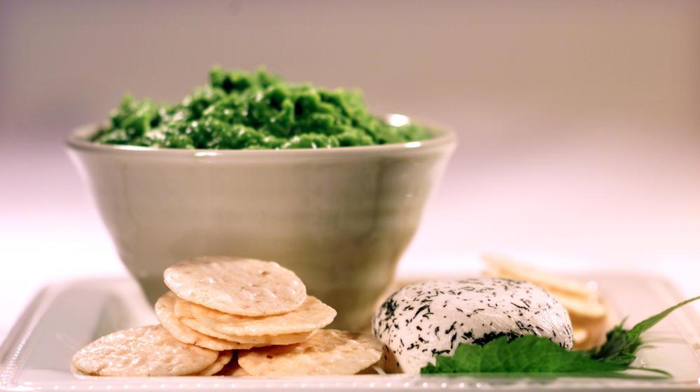 Sweet pea and wasabi dip