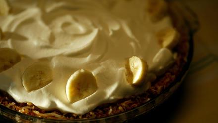 Lawry's coconut banana cream pie