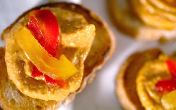 Roasted red pepper crostini