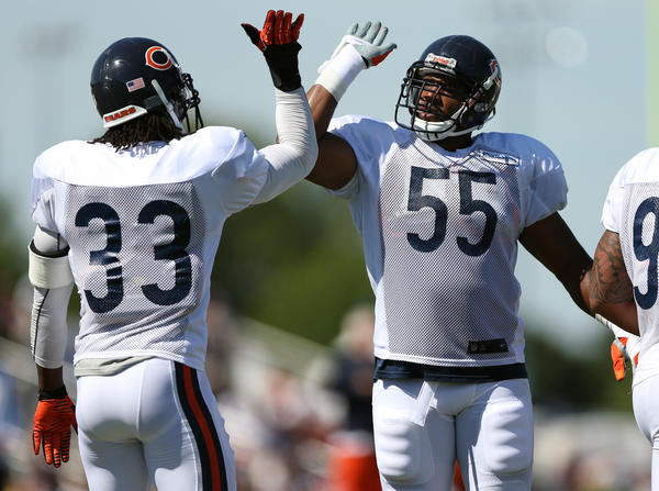It's up to linebacker Lance Briggs to pick up where Brian Urlacher left off as the Bears' defensive team leader.