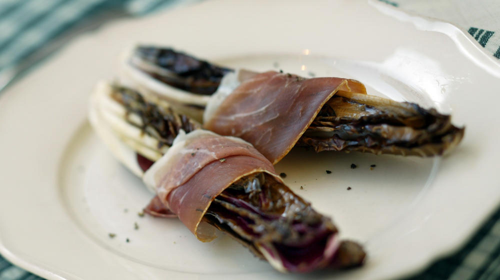 Grilled radicchio and prosciutto