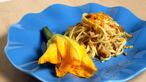 Linguine with tuna and squash blossoms