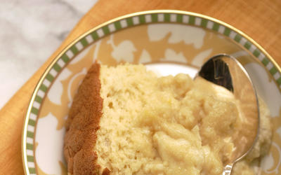 Rum and coconut pudding cake