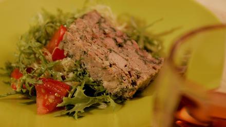 Tomato and frisee salad