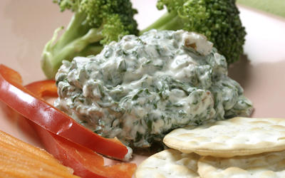 Spinach-bacon dip