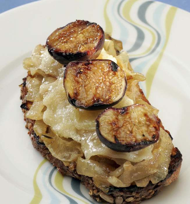 Open-faced manchego cheese and fig sandwich