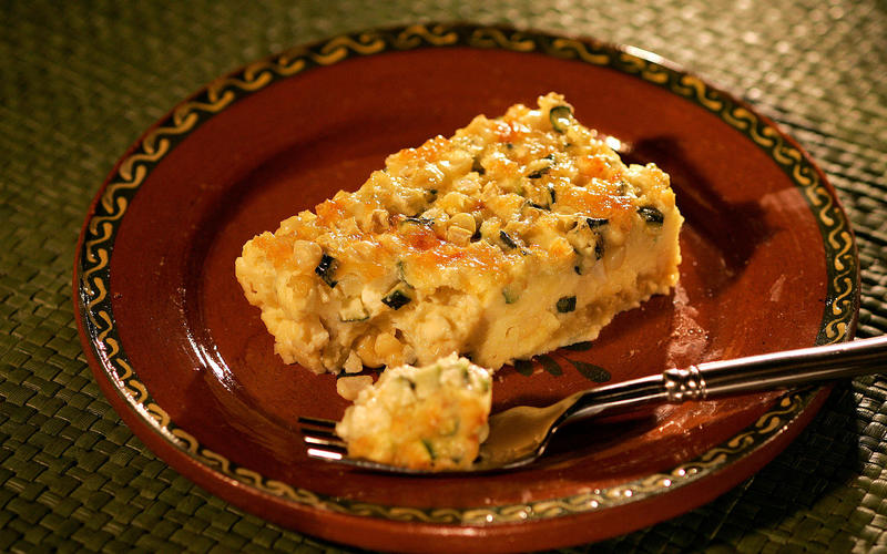 Budin de elote (Corn pudding with zucchini)