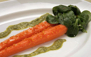 Braised carrots with carrot-top sauce
