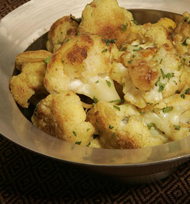 Everyday cauliflower (Roz ki gobi)