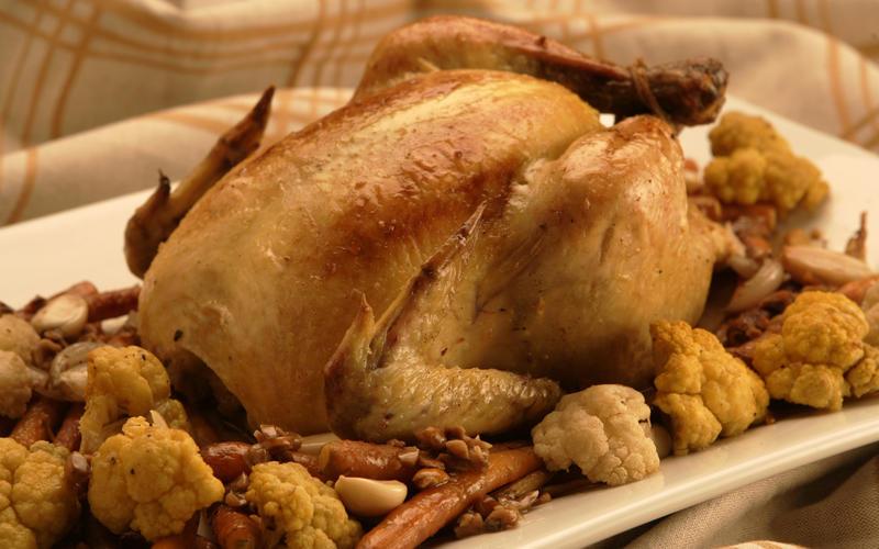 Roast whole chicken with cauliflower