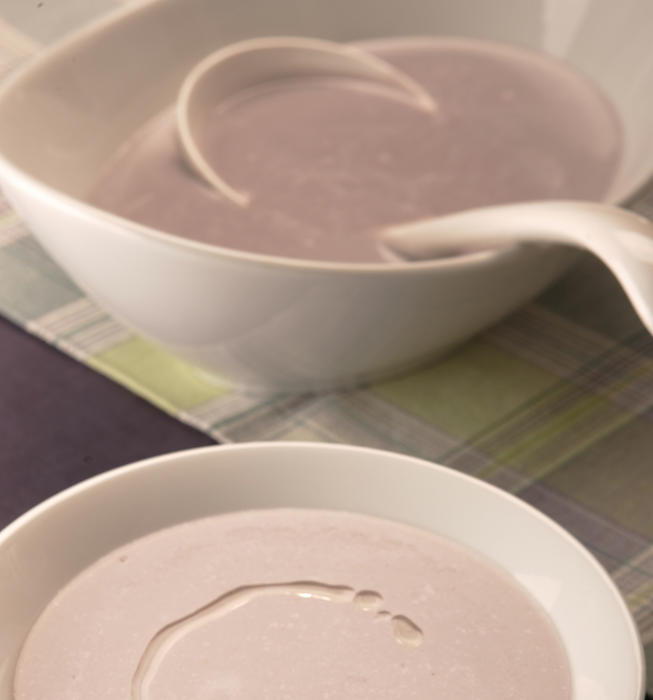 Purple cauliflower soup with walnut oil