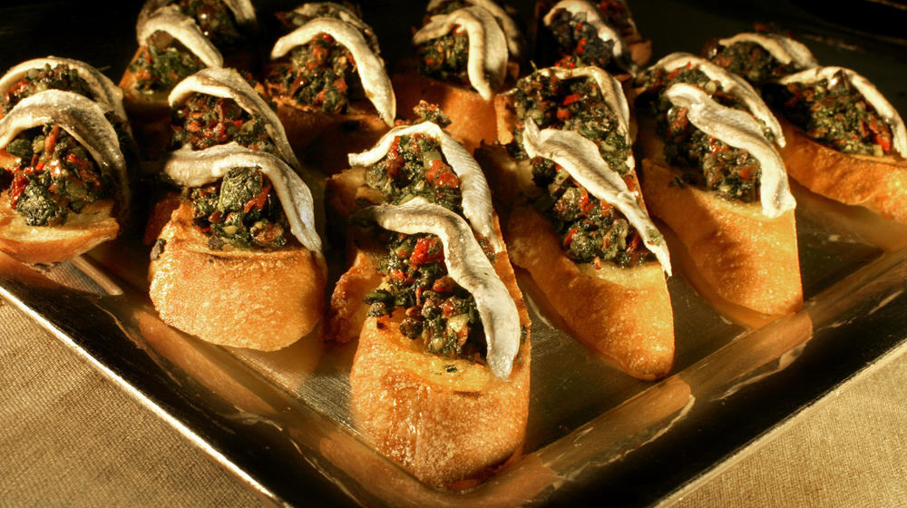 Nettle tapenade crostini with anchovies