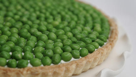 English pea and goat cheese tart