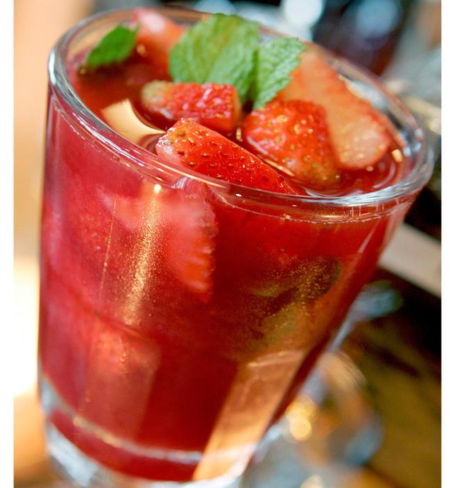 Fraiche's strawberry sangria