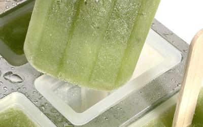 Cucumber-chile paletas