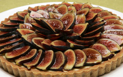 Fig tart with mascarpone cream