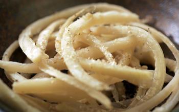 Toraji namul (Sauteed bellflower root)