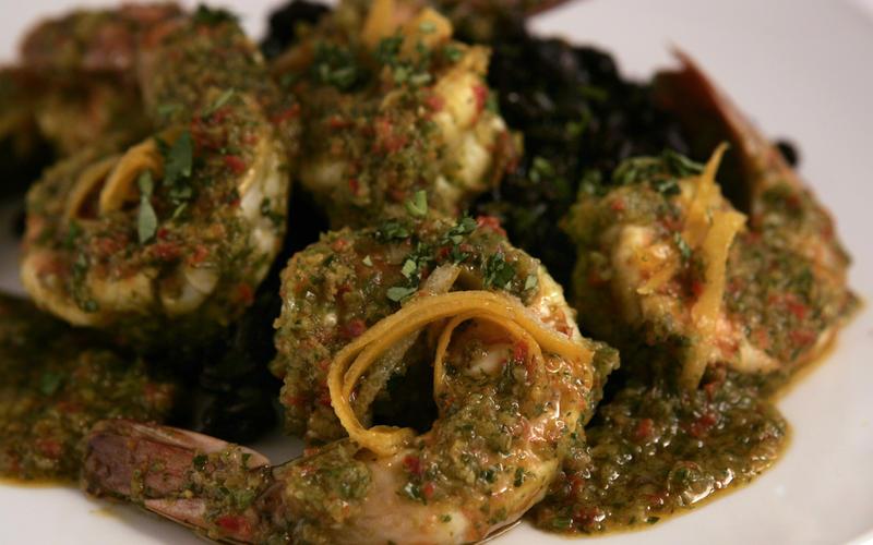 Shrimp Piri piri with quick-preserved Meyer lemons