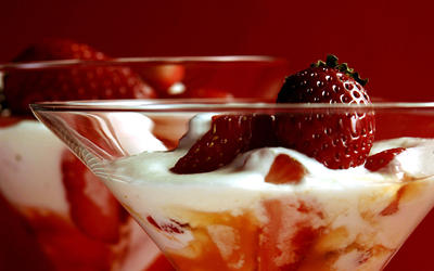 Strawberry Siam parfaits