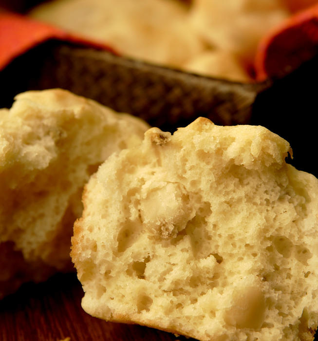 Hominy muffins