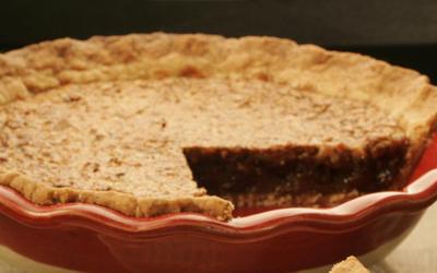 Walnut and raisin pie