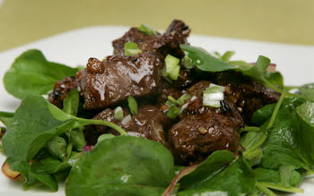 Gingergrass' shaking beef salad