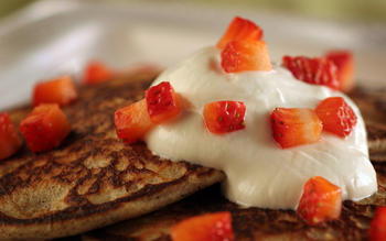 Buckwheat blini with Greek yogurt and strawberries
