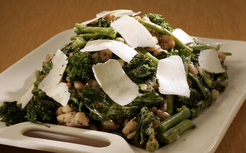 Recipe: Roasted broccoli rabe with white beans and ricotta ...