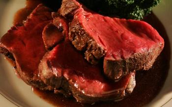 George W. Bush's fillet of beef with three-peppercorn sauce, 2001