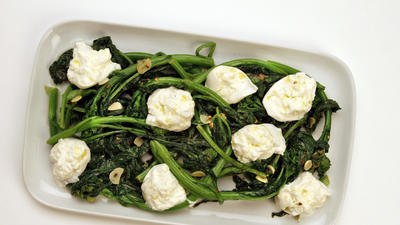 Broccoli rabe with burrata