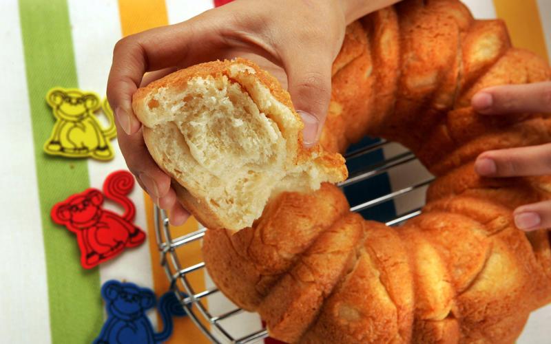 Butter monkey bread