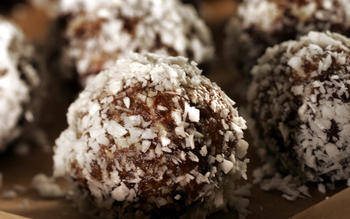 Shira Levy's no-bake nut balls