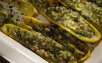 Stuffed summer squash