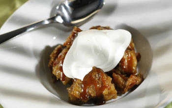 Caramel banana bread pudding