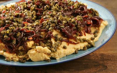 Psomi & Alati's yellow split pea puree with deep-fried capers