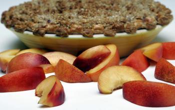 Nectarine almond crumble pie